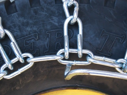 7Tire_chain_outside_hook_3.JPG