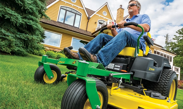 View Deere Days of Summer Sales Event special offers.