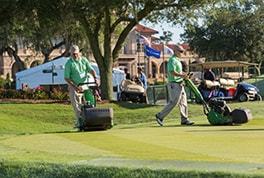 Volunteers Help TPC Sawgrass Race to the Finish