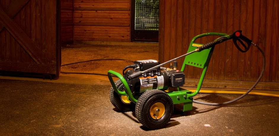Take on summer with John Deere home and workshop products
