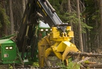 Image of a John Deere disk saw felling head
