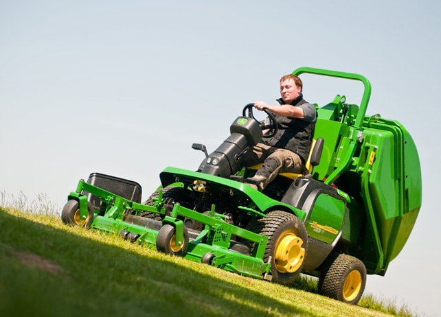 1545 Front Rotary Mower
