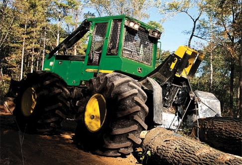 540G-III Cable Skidder on the jobsite