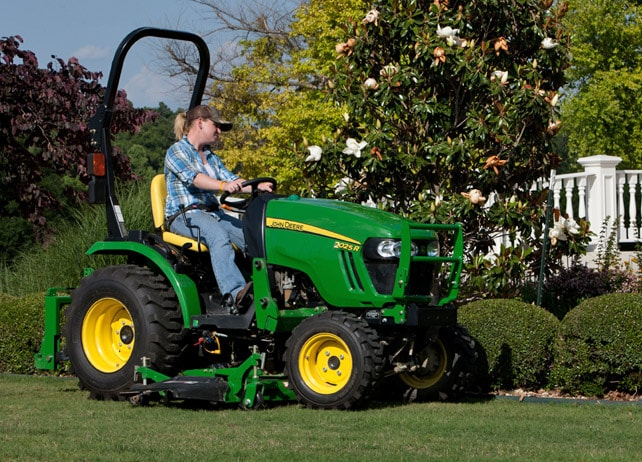 2025r 2 Family Compact Utility Tractors Johndeere Com
