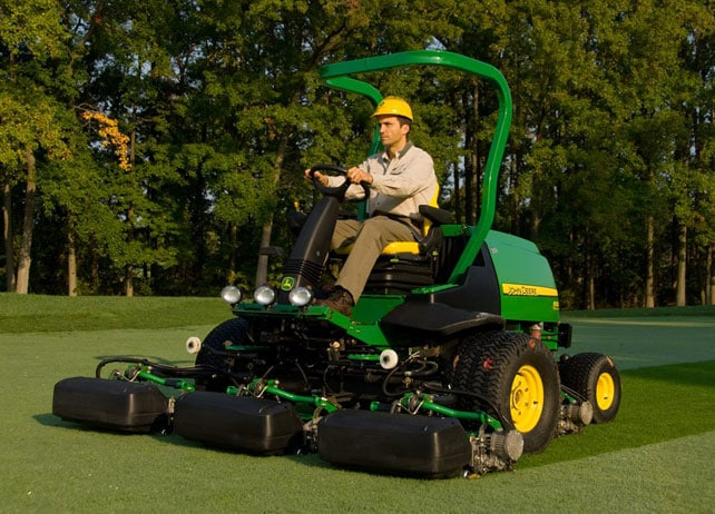 Man using a 8500 PrecisionCut Fairway Mower on a golf course