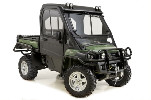 Sudio shot of XUV 825i in olive.