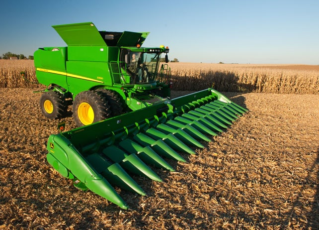 2012 John Deere S690 Combine http://www.deere.com/wps/dcom/en_US/products/equipment/grain_harvesting/combines/s_series/s690/s690.page