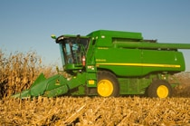 608C StalkMaster™ Corn Head 600C Series Corn Heads