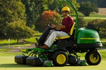 2500E E-Cut™ Hybrid Diesel Riding Greens Mowers