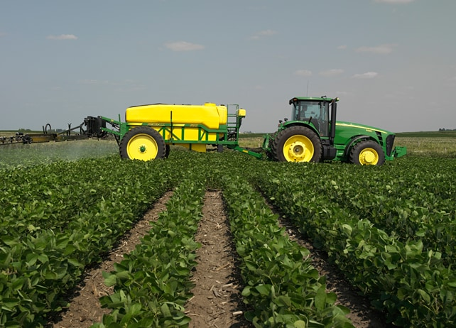 GreenStar™ 2 Rate Controller Field and Crop Solutions