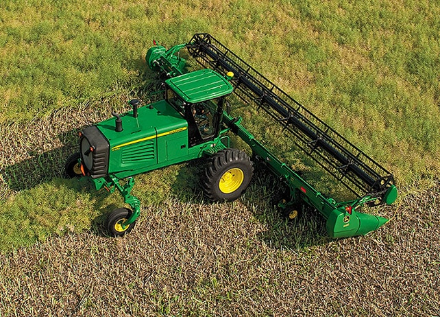 D450 Self-Propelled Windrower