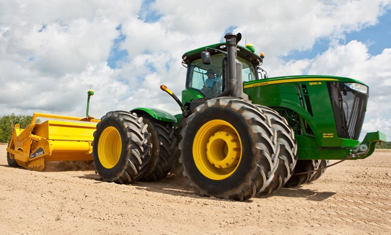 The new 2012 9R/9RT Series Scraper-Special Tractors
