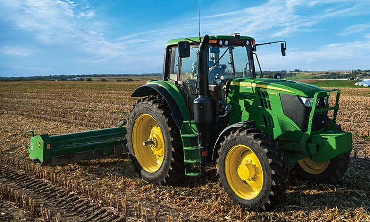 The CommandQuad™ Transmission … now available on the 6175M and 6195M Tractors