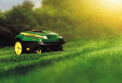 No grass clippings to dispose of: the TANGO recycles them helping to keep lawns healthy the natural way