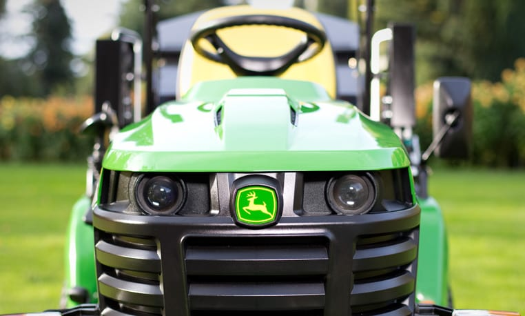 John Deere X950R, Experience the new face of performance