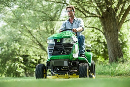 X320 lawn tractor