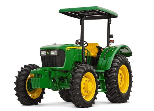 Imagen de estudio del Tractor 5055E.