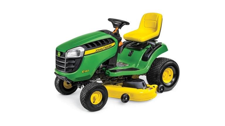 Imagen de estudio del Tractor de Jardín E140.