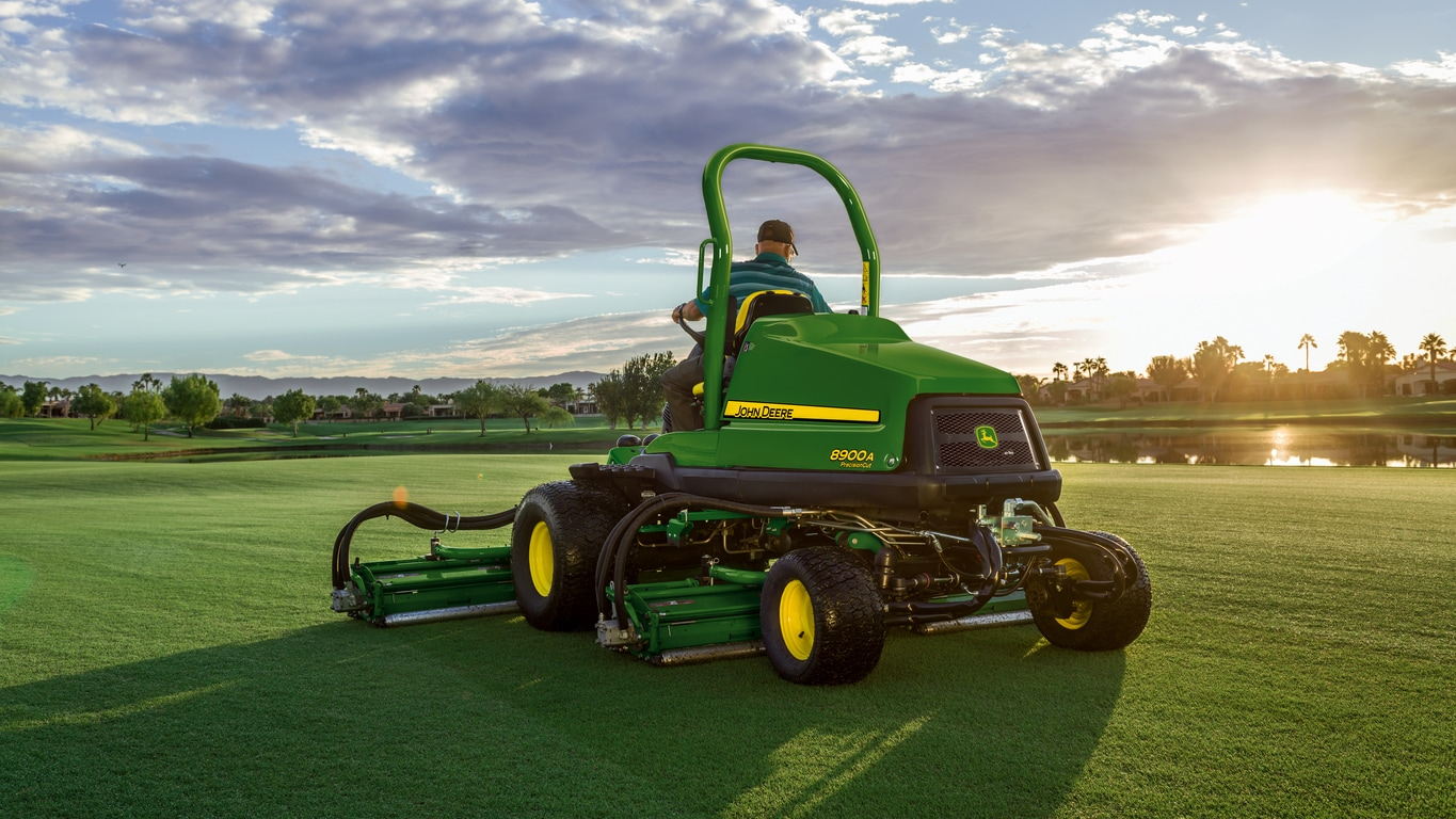 John Deere 8900A Fairway Mower