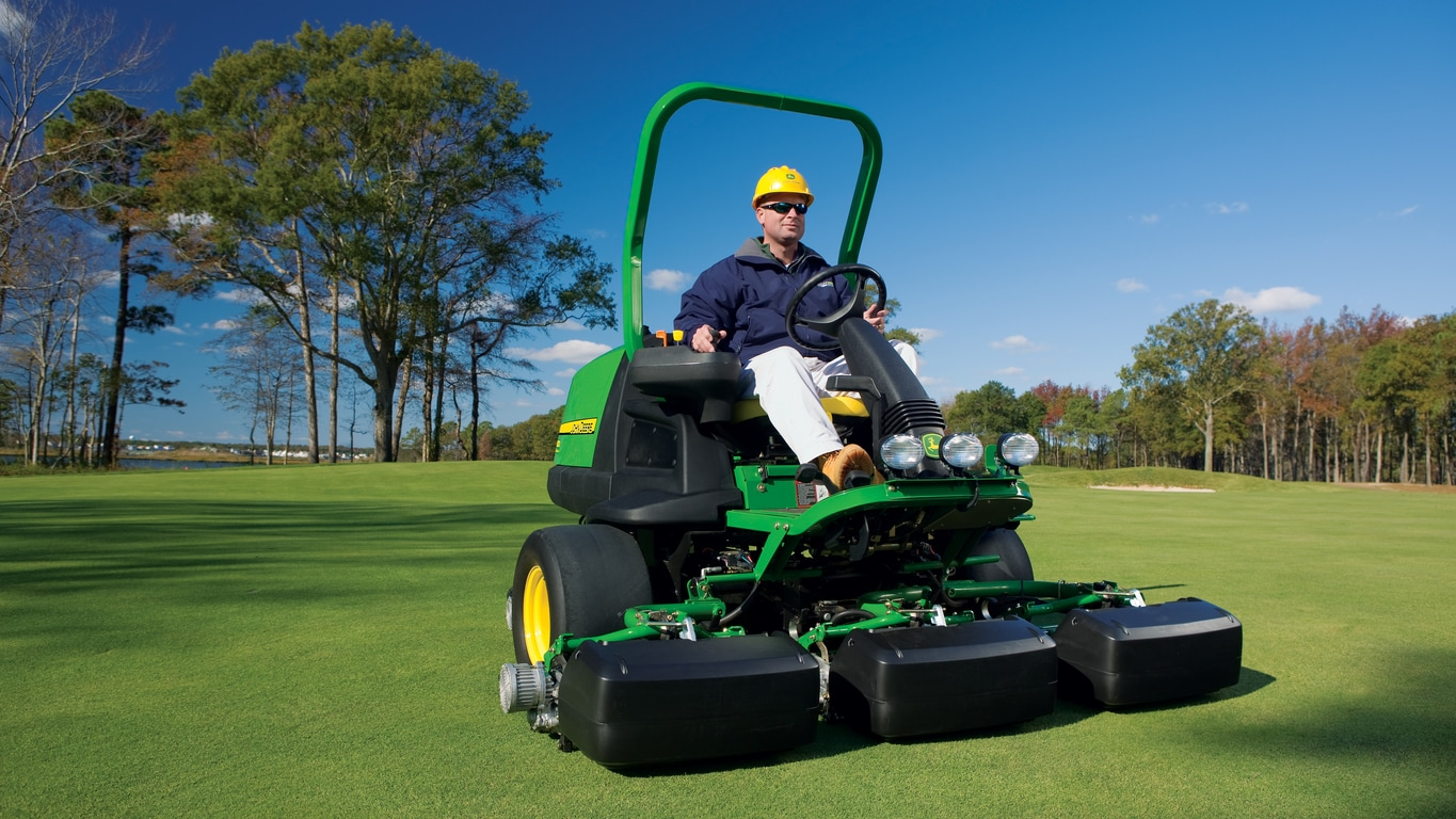 John Deere Fairway Mowers