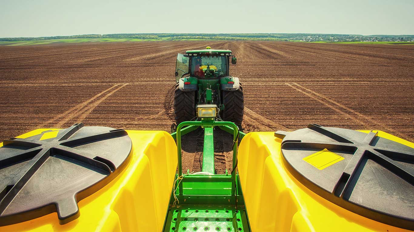 John Deere Sprayer in the field
