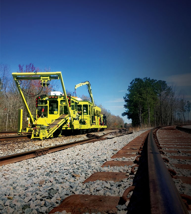 Plate laying machine designed for railroad repairs