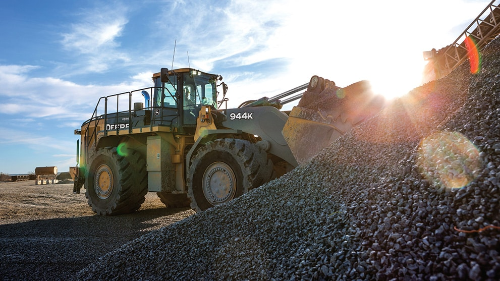 944K Hybrid Loader working in a quarry