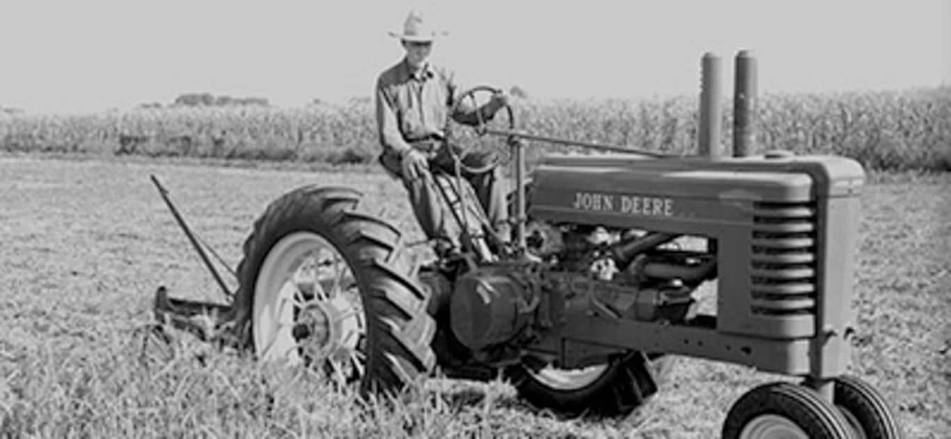 c854e6f7dbf John Deere History