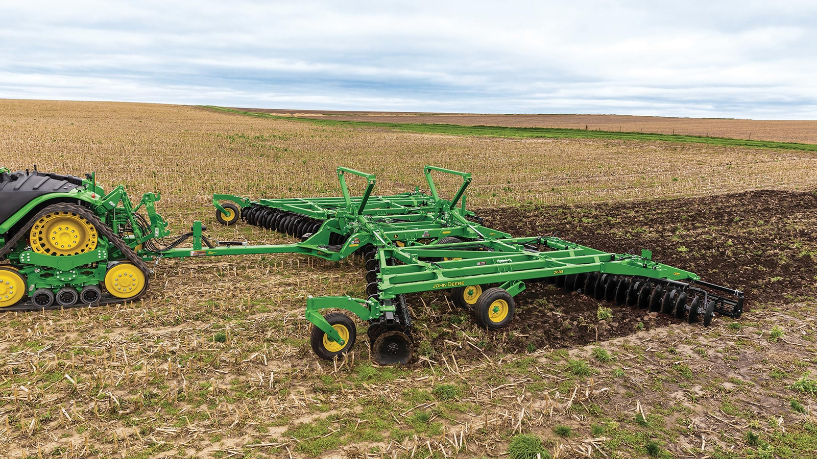 New John Deere 2630 Series Disks are ideal for light, medium and heavy-duty tillage operations.