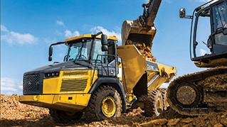 John Deere 310E ADT Recognized with 2017 GOOD DESIGN Award