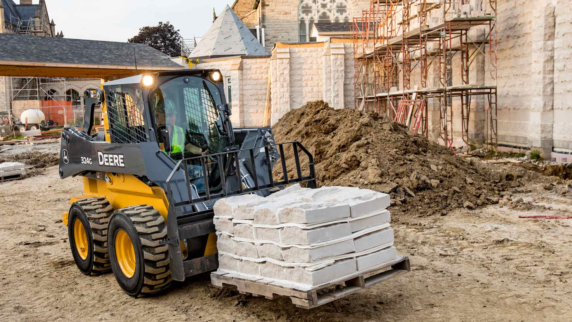 John Deere Skid Steer >> G Series Skid Steers Ctl Lineup With Mid Frame Models