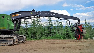 New Extended Boom Option for 800MH-Series Tracked Harvesters