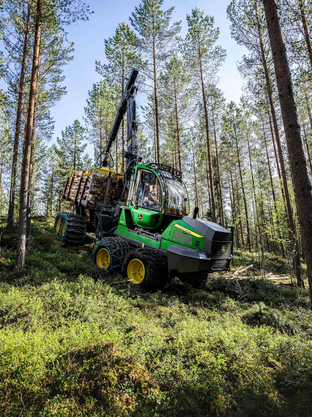 The 910G Forwarder in action in the woods.