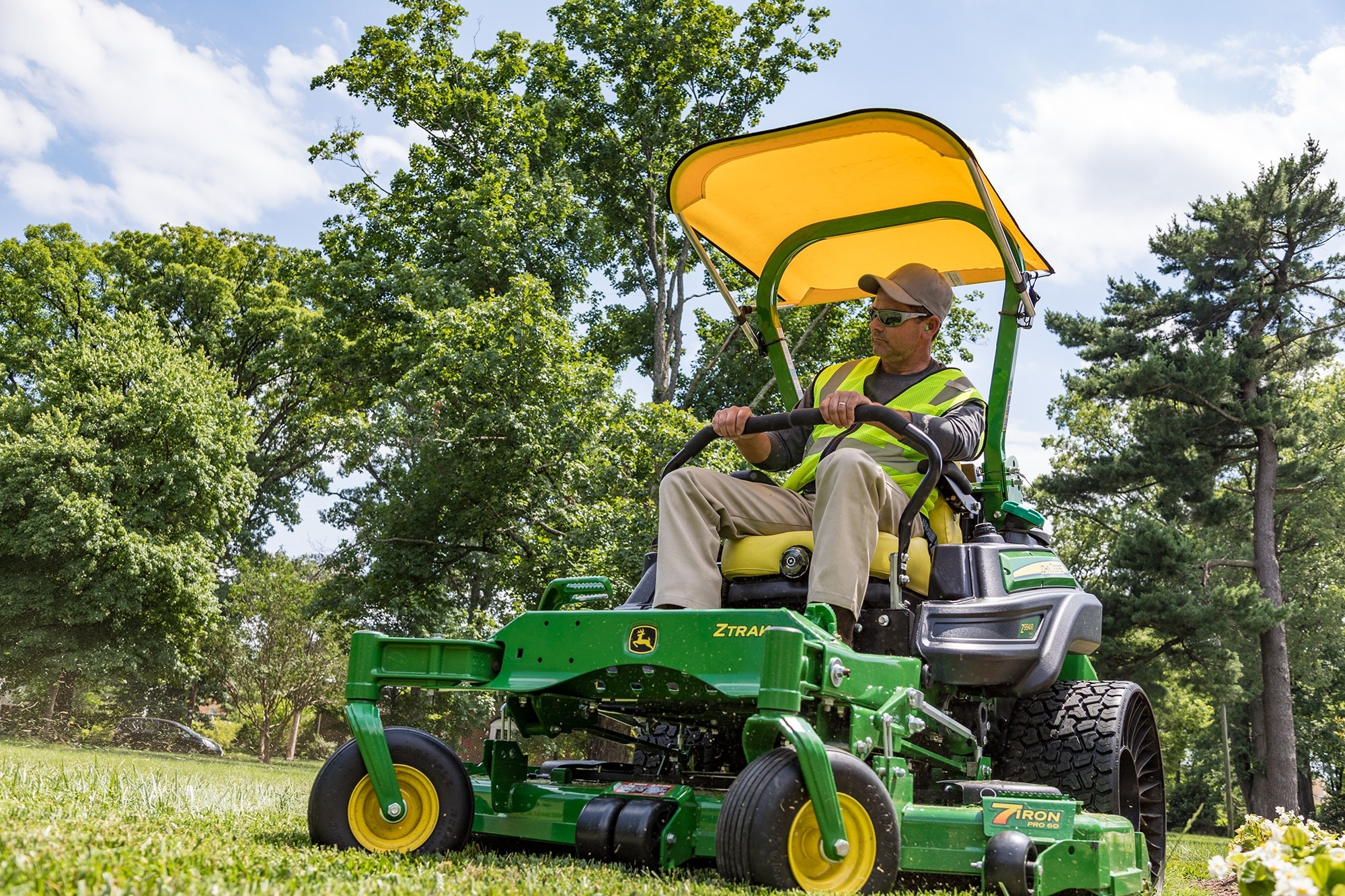Z994R Diesel ZTrak(TM) Zero-Turn Mower