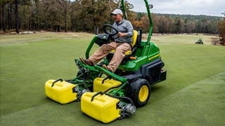 Triplex Mowers Provide Enhanced Cut Quality