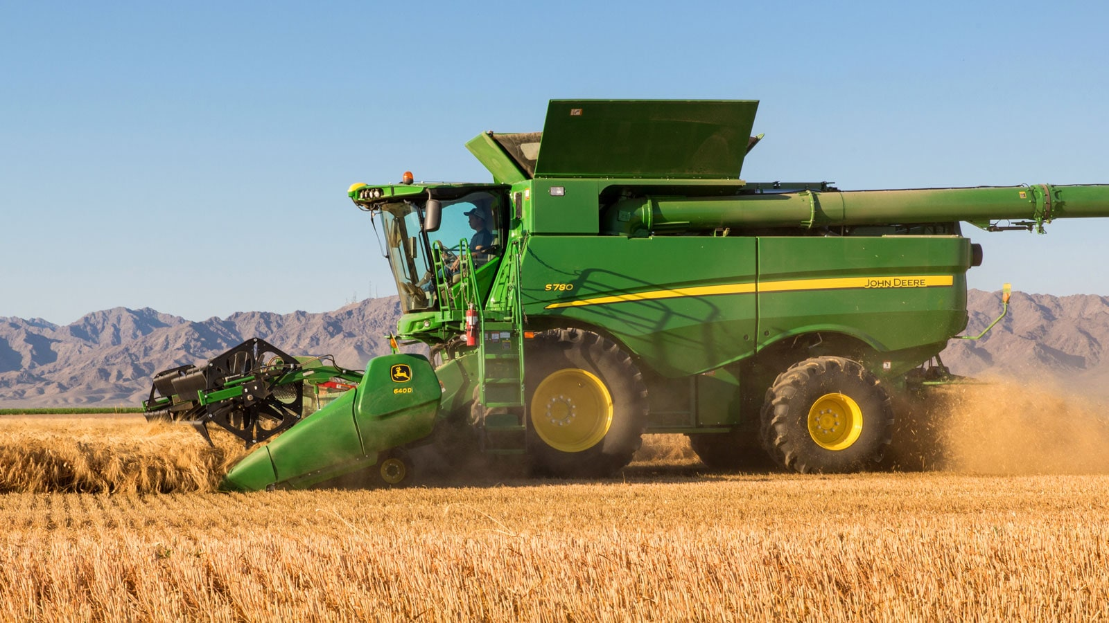 S700 Series Combine in action in a field