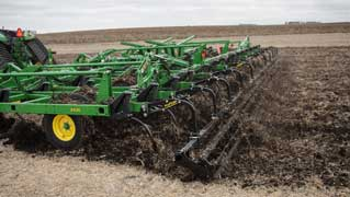 New robust 2430 Chisel Plow & 2430C Nutrient Applicator