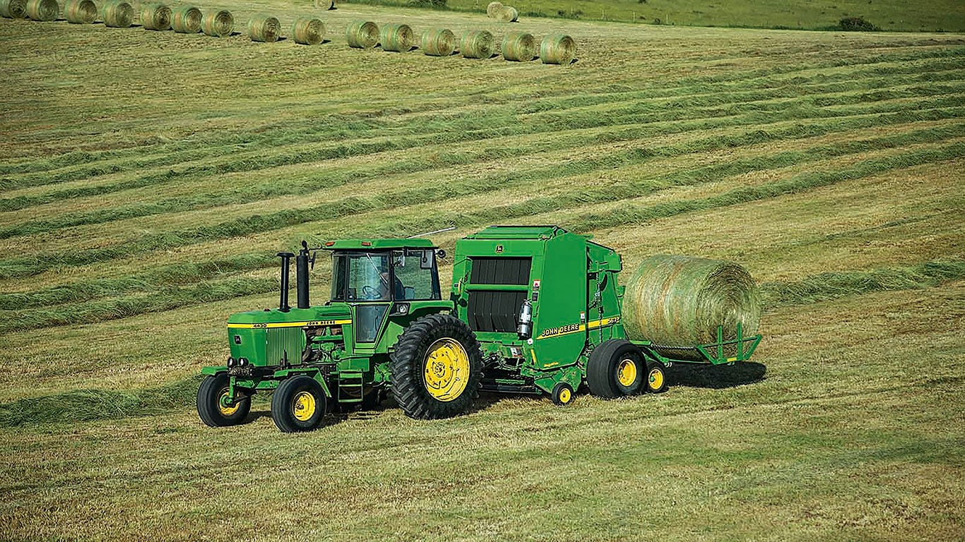 All John Deere A520R and A420R Plus 2 Accumulators are compatible with  6-foot diameter