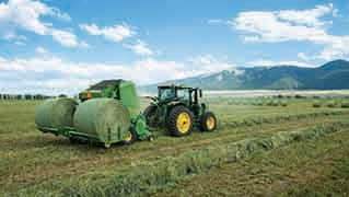 New Deere 0 Series Round Balers & Plus2 Round Bale Accumulators
