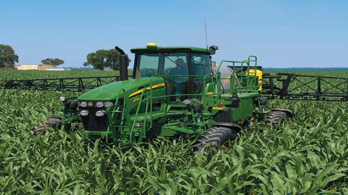 4730 SELF-PROPELLED SPRAYER