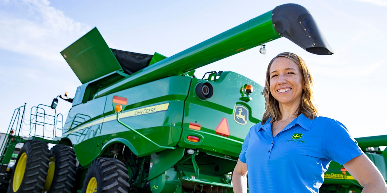 Find out more about the opportunities at John Deere Dealerships