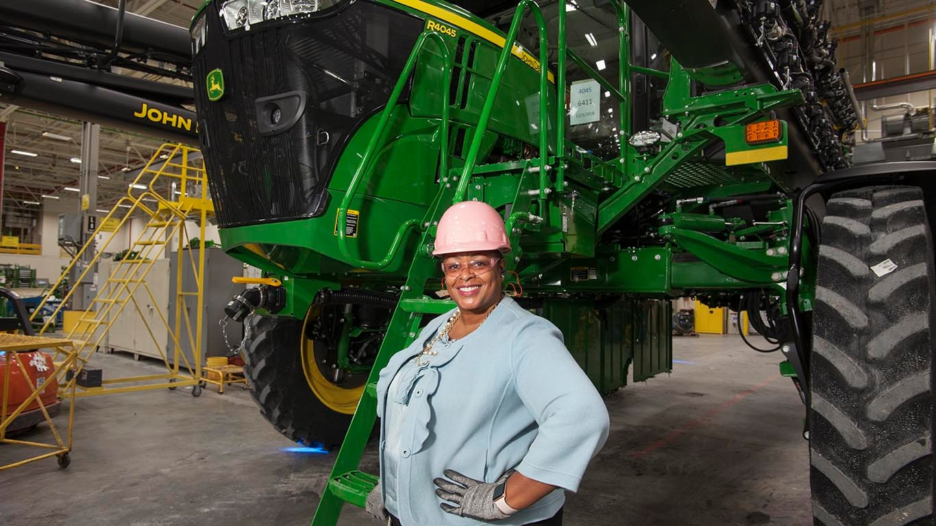Read how the first black female factory manager in John Deere history is leading by example