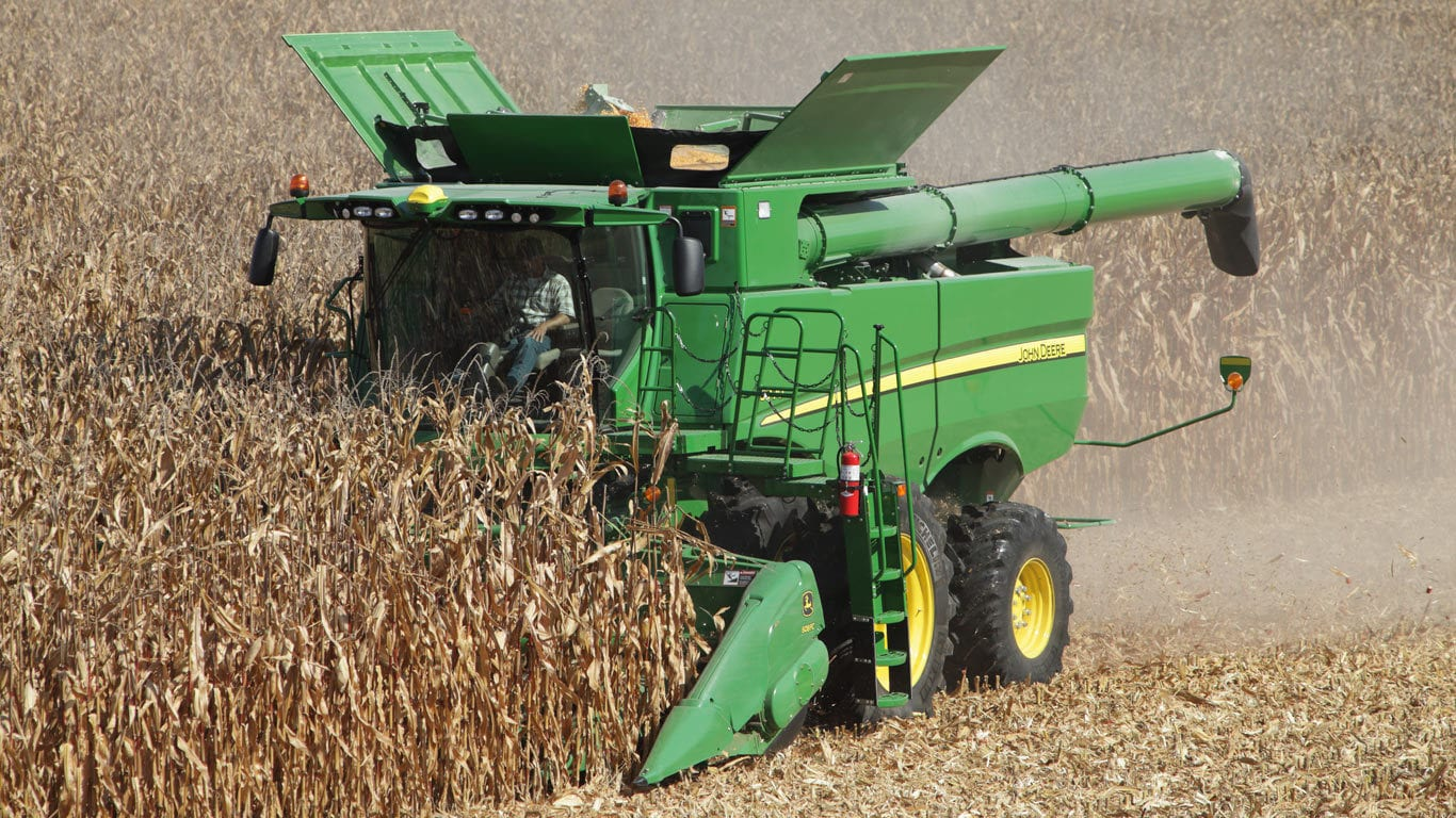 field image of s760 combine