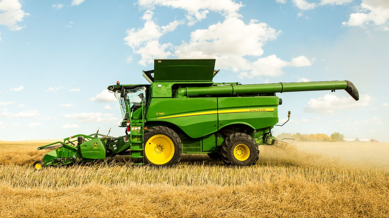 Field image of S790 Combine