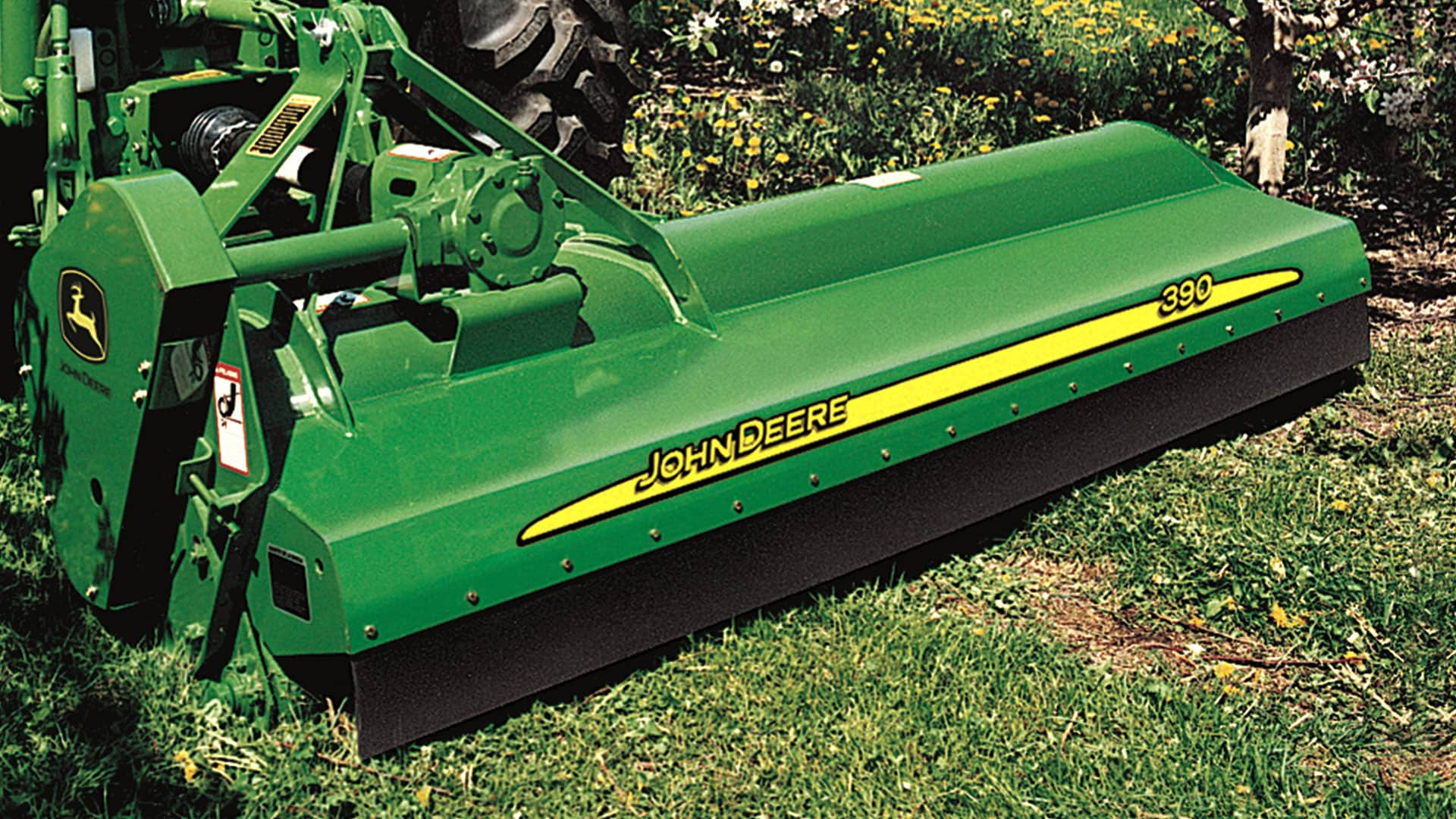 Cutters and Shredders | Grooming Mowers | John Deere US