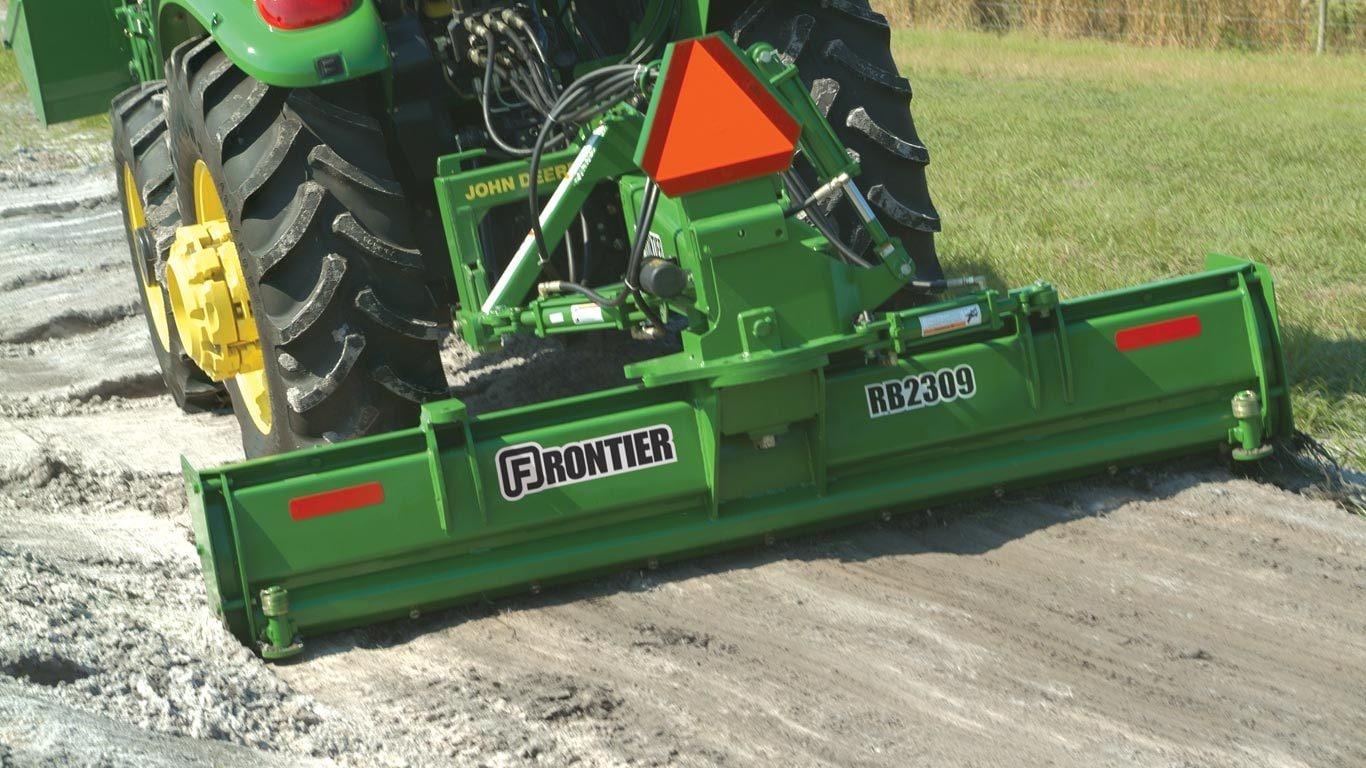 Landscaping Equipment | Frontier RB24 Rear Blades | John