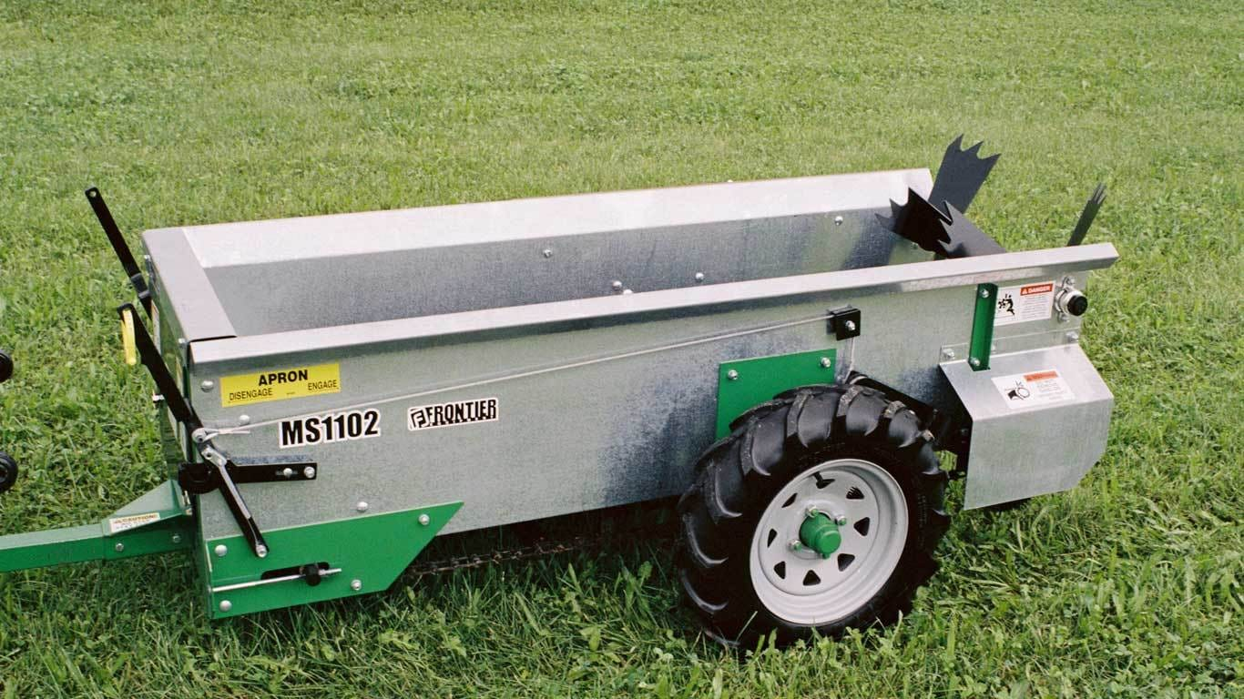 Field image of Frontier MS11G Manure Spreaders