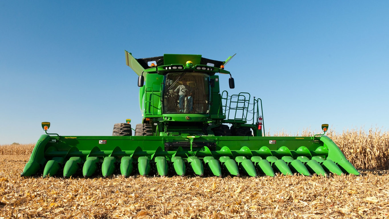 Field image of 716C Corn Head