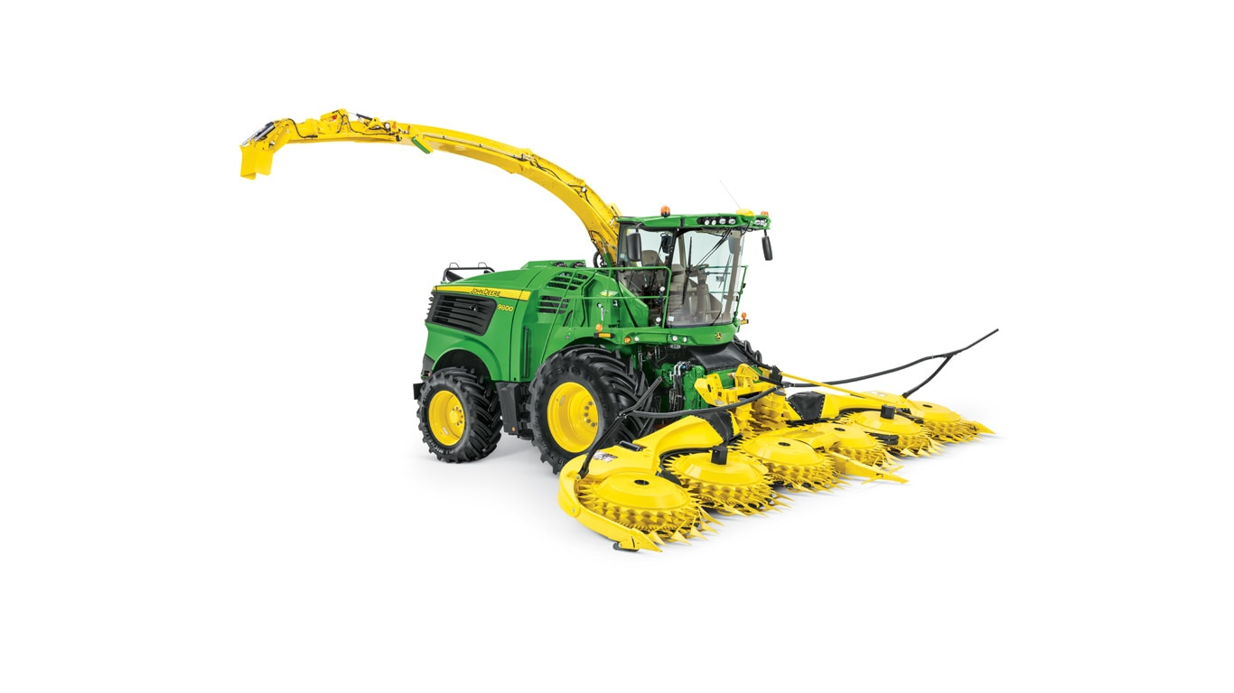 studio image of 9800 self-propelled forage harvester