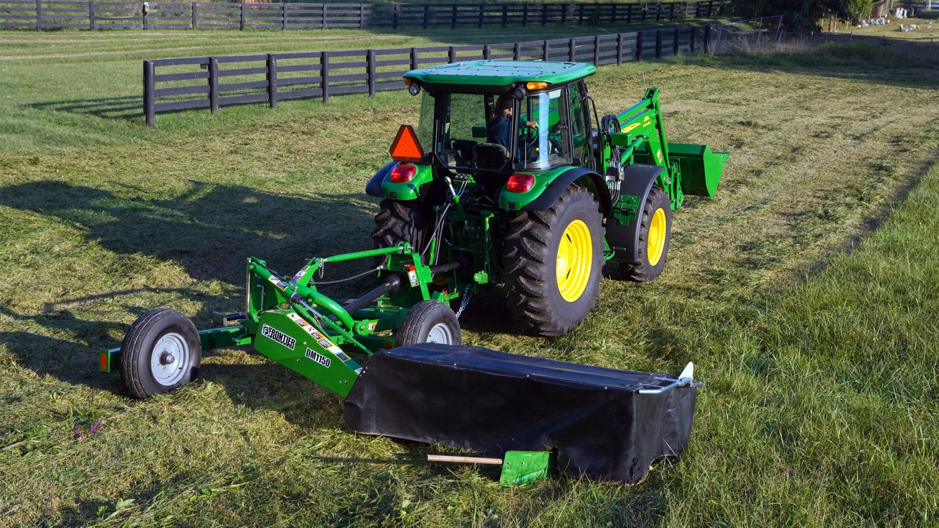 Field image of DC10 Series Disc Mower Caddy